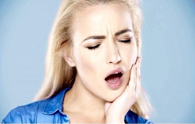 Стоматит: причины возникновения у взрослых